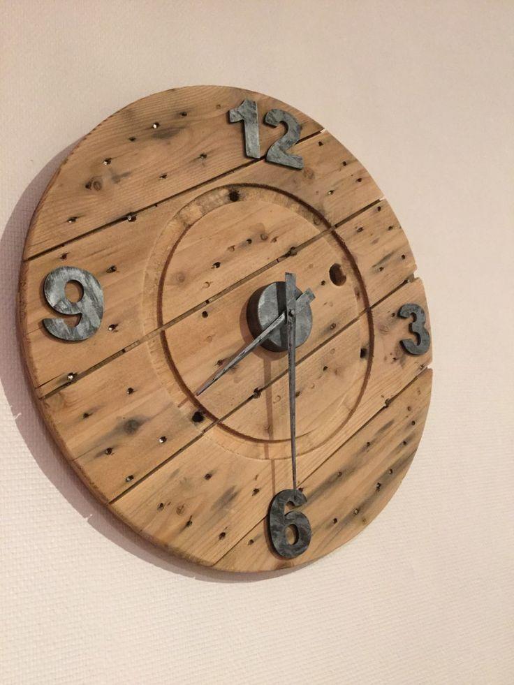 les 25 meilleures id 233 es de la cat 233 gorie horloge originale sur diy horloge horloge