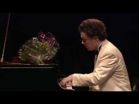 Evgeny Kissin Liebestraum No. 3 in A-flat Major - YouTube