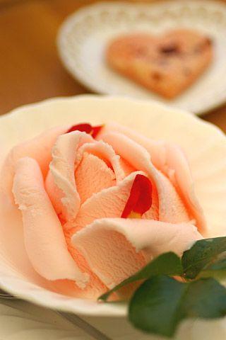 ~~ Perfect Rose Ice Cream ~~ That's the prettiest ice cream I've ever seen!