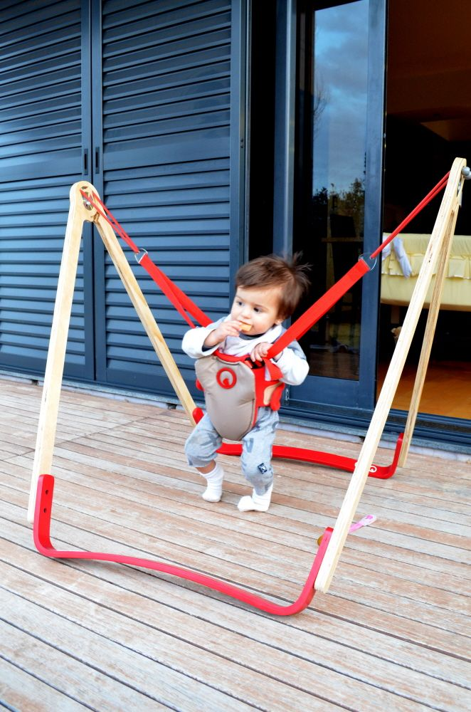how to put baby in jolly jumper