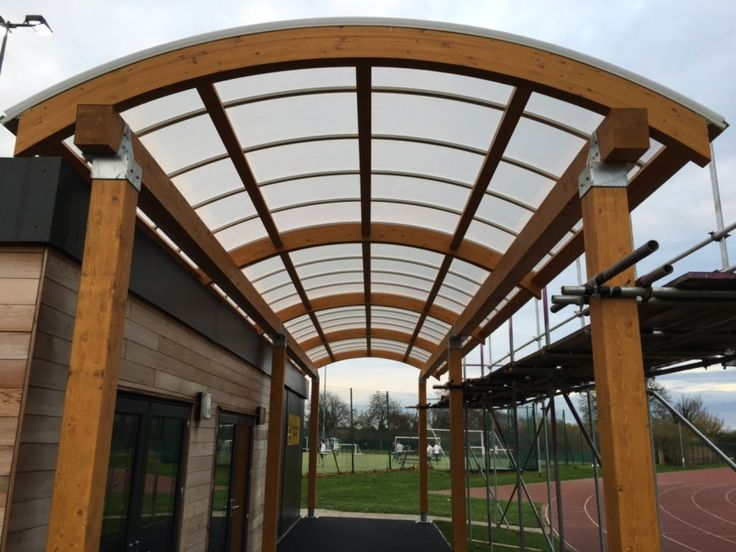 Curved Pergola for Stratford School