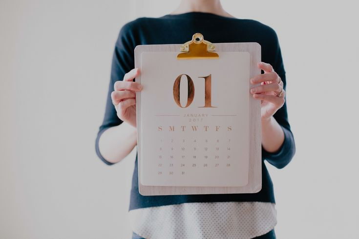 """So the new year is approaching and I'm sure you're seeing a ton of advertising about """"new year, new you!"""" It may be overwhelming to think about all of the options you have for self development this year as you're quite frankly bombarded with all the things you """"should"""" be doing come January. So, if ..."""
