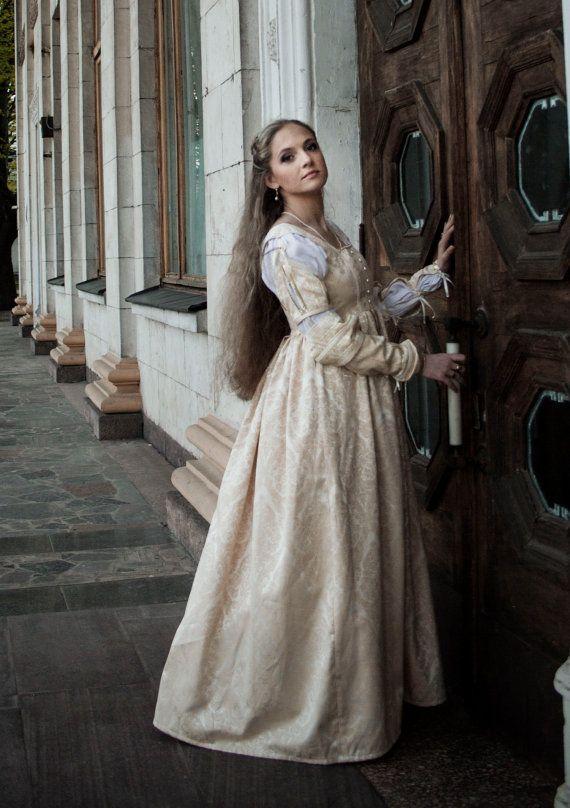 淡いゴールド ルネッサンス ドレス、イタリアのルネサンスのガウン、ルクレツィア ・ ボルジアの結婚式ドレス
