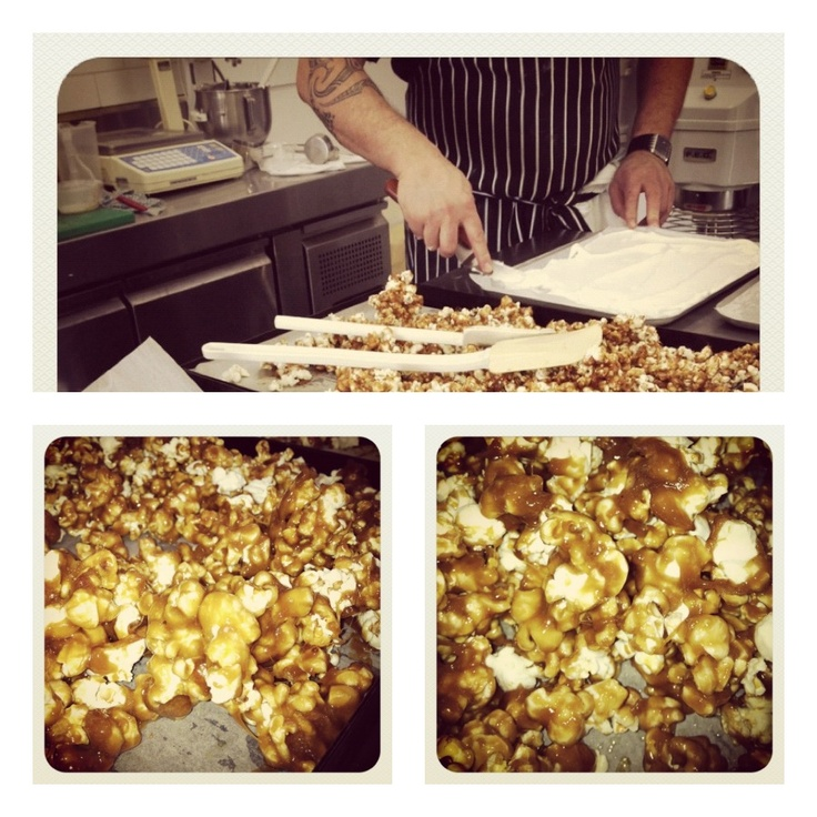 Caramel Pop Corn. YUM! Thanks to The Cook and Baker!