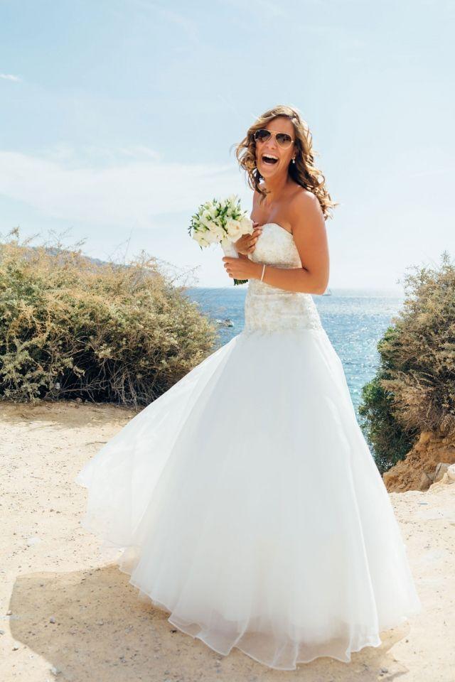 Glamour met tule #bruiloft #trouwen #inspiratie #trouwjurk #bruidsjurk #bruidsjapon #tule #wedding #tulle #weddingdress Trouwjurk met tule om bij weg te dromen   ThePerfectWedding.nl   Fotografie: Kroonmoment Fotografie