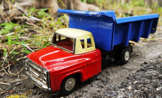 日本製 ブリキのダンプトラック 外箱付き