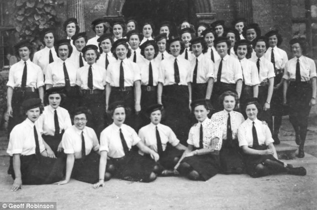 A rare picture of a team of women code-breakers who operated the world's first electronic computer during the Second World War has been uncovered