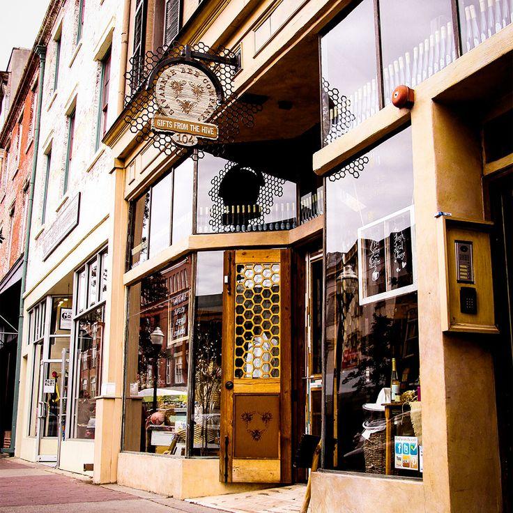 River Street, Savannah Bee Company, Savannah, Ga.
