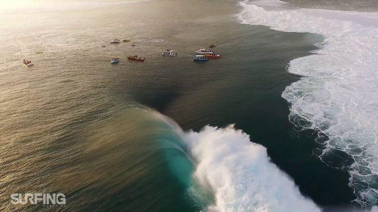 """Das ist """"Teahupo'o, Du Ciel"""" von """"SURFING Magazine"""" auf Vimeo, der Seite für hochwertige Videos und alle, die solche Videos lieben."""