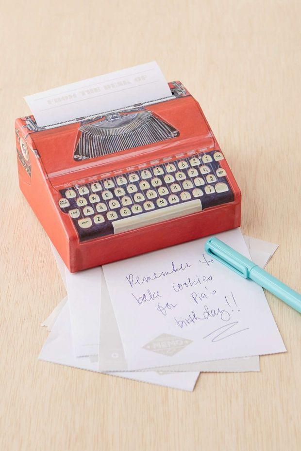 Typewriter Notepad | 12 Gifts Intellectual College Grads Will Appreciate | http://www.hercampus.com/life/campus-life/12-gifts-intellectual-college-grads-will-appreciate