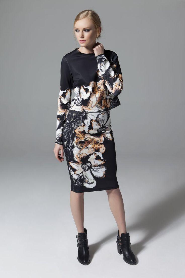 Etek Bluz Takım Çiçek Desenli Çiçek Desenli Etek Bluz Takım Elbise En Trend Elbiseler 95,00 TL
