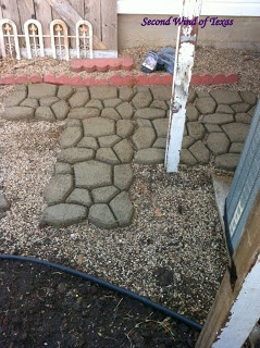 DIY- concrete patio Also used Quikrete?? Powerloc?? Jointing Sand between the stones.