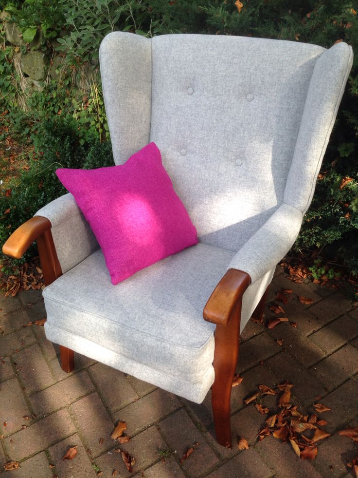 Retro wingback in 100% wool from Abraham Moon - For sale at £750