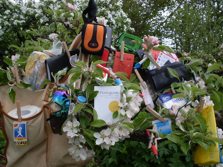 DIXIE COMPETITION / THE WINNER >> Sylvia! Do you want to win the Ebony bag by Dixie? Simply email a photo of the contents of your bag to: naw@boozt.com...and if you want to know more about the competition, click here >> http://blog.boozt.com/2012/new-dixie-competition/
