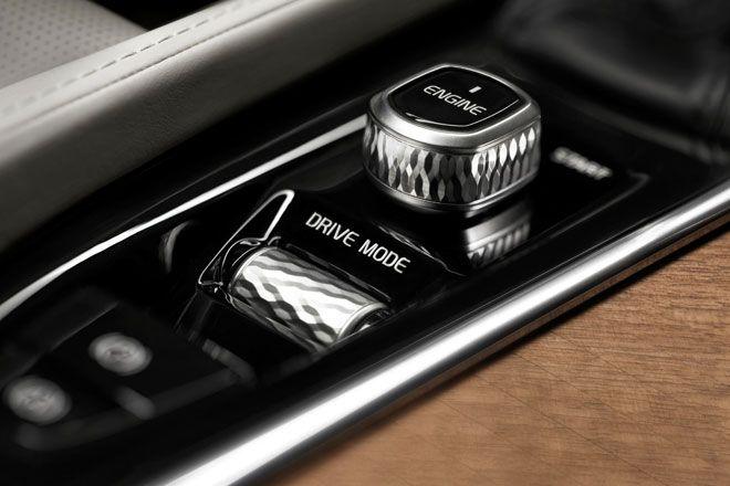 ボルボXC90 - 徹底解説 | オートカー・デジタル - AUTOCAR DIGITAL