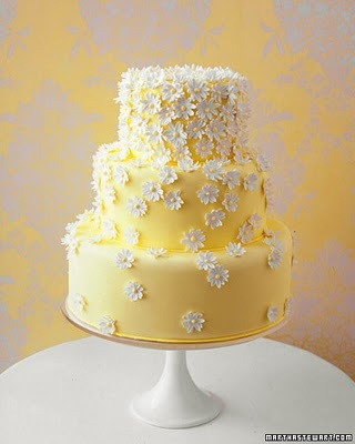 Yellow with white flowers Cake