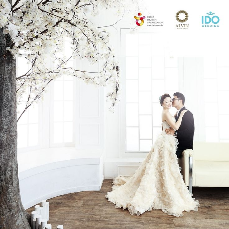 Do you really want to have pre-wedding photo shoot like Korean Celebrities?  Make it happen with us! Enjoy your Full-day Photo Shoot in Korea with Alvin Photography and great experience Korean Celebrity Hair & Make Up Styling with IDO Wedding.  Any couples who sign up with Alvin Photography by January  2016 will be entitled to get this prizes as a lucky draw. You can go to Korea anytime you want in 2016.  For more information : www.alvinphotography.co.id +6285 1000000 89 / +6224 76583399