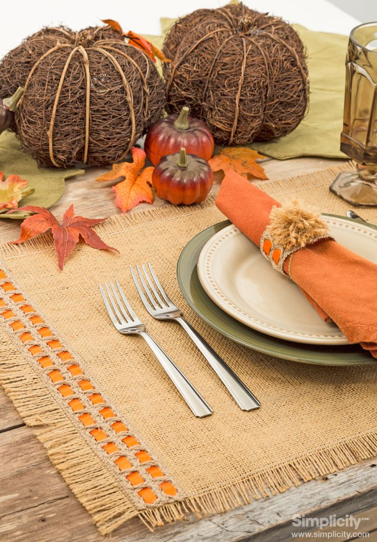 Add a rustic touch to your table with placemats and napkin rings fashioned for the fall! #Simplicity #DIY