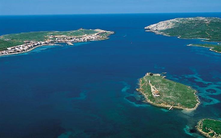 Rent a private island in Fornells Bay, Menorca