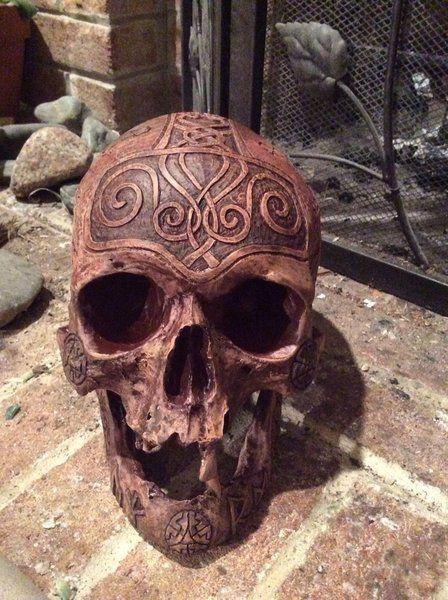 Real Human Skull Carver Zane Wylie Carved Replica Thor Skull | Zane