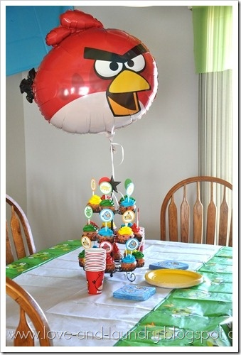 105 best images about baby mobile on pinterest for Angry bird decoration ideas