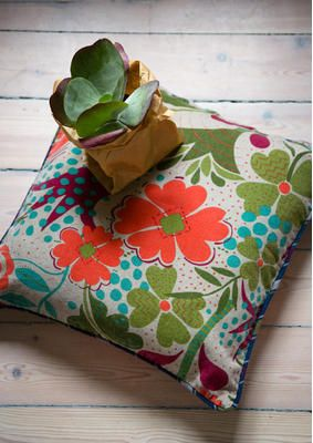 33 beste afbeeldingen van gudrun sjoden home 2015 boetiekjes kleurrijke kleding en. Black Bedroom Furniture Sets. Home Design Ideas