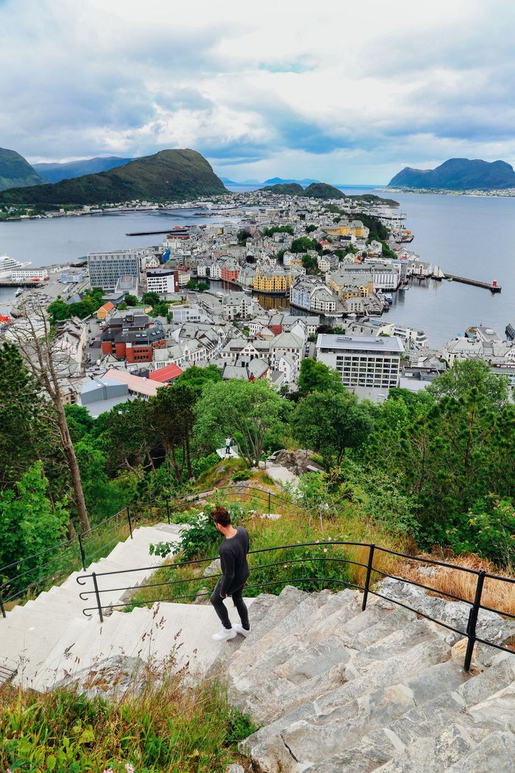 Arrival In Alesund, Norway - The Start Of Our Norwegian Road Trip! - Hand…