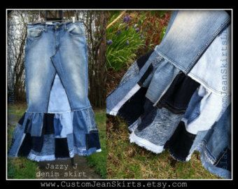 This a listing for you to custom order a Square Patchwork long jean skirt w/finished hem to your size and length. This Beautiful skirt will consisted of around 55-70 square patches, and will have the same design pattern on both sides.((no mismatch here @DelarosaCustomJeanSkirts lol)) You can choose to have a light/med wash or med/dark, just send a note along after you buy this listing with what size you normally wear and measurements from your fav skirt/ the waist and hips...