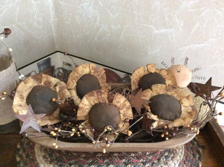 NEW PRIMITIVE SUNFLOWER BOWL FILLER, TUCK, ORNIE RUSTIC GOLD DUTCH AUCTION #NaivePrimitive #Me