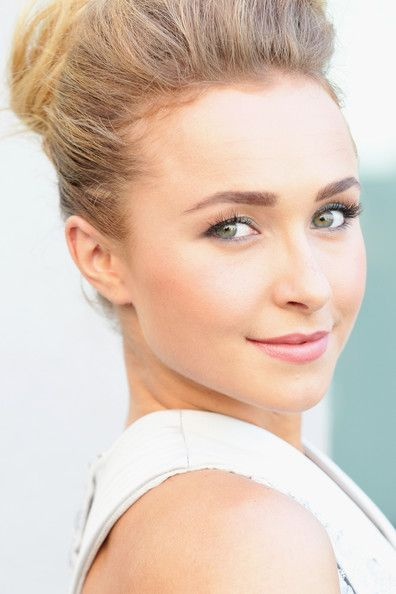 Hayden Panettiere is so picture perfect!