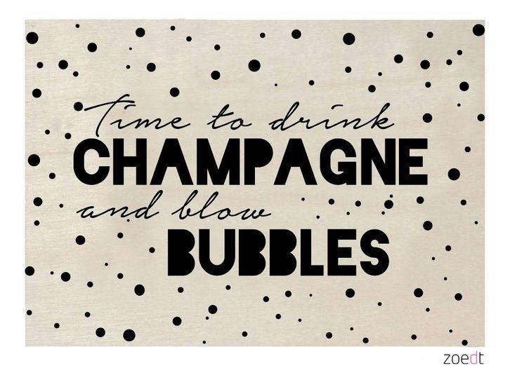 Zoedt Houten kerstkaart Time to drink champagne