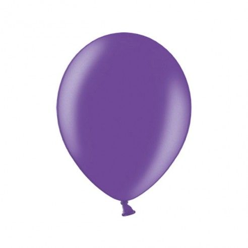 Set van 10 paarse metallic ballonnen met parelmoer glans. De ballonnen zijn geschikt om te vullen met helium en uiteraard combineerbaar met andere kleuren.