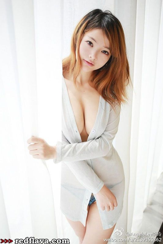 Li Ling - Lingerie, Cosplay And More