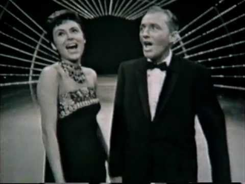 Bing Crosby & Caterina Valente - Medley - YouTube