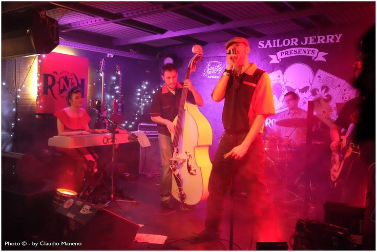 Pin Up, Hound Dog Rockers, Piano, Red, Smoke, Vintage, Rockabilly, Rock'n'Roll, Milano, Doublebass, guitar, drum, Lucignolo, armonica, live, stage, music, cool, yeah