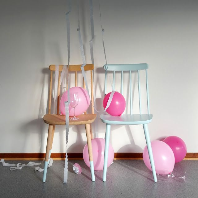Dip dye wooden chair. DIY and photo: Wenche With
