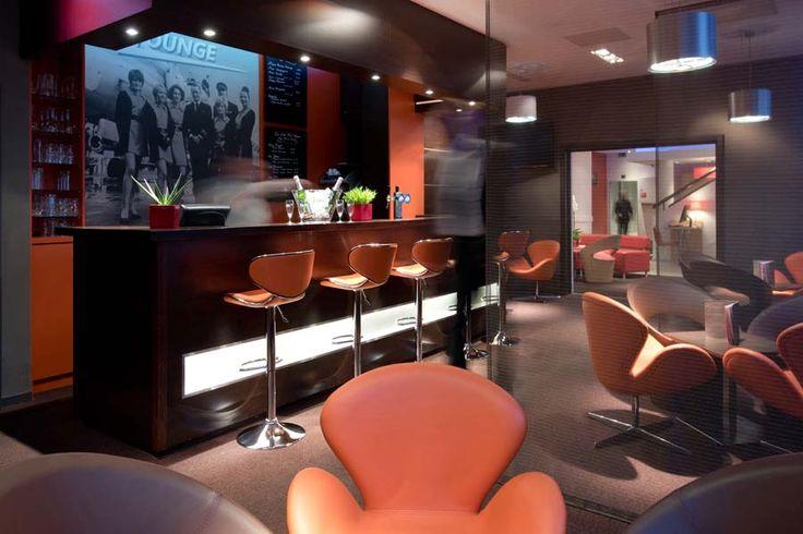 Bar de l'hôtel Ibis #Luxembourg aéroport http://www.hotel-ibis-luxembourg.com/