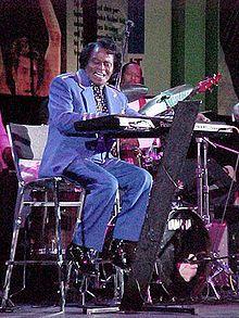 James Brown né le en 1933 à Barnwell en Caroline du Sud, et mort en 2006 à Atlanta, en Géorgie, surnommé The Godfather of Soul est un musicien, chanteur, auteur-compositeur, danseur et producteur américain. Initiateur du funk, il a eu une très grande influence sur la soul, le rhythm and blues, le gospel ainsi que le Hip-Hop. James Brown est reconnu comme l'une des figures les plus influentes de la musique populaire du XXe siècle et est reputé pour ses performances scéniques.