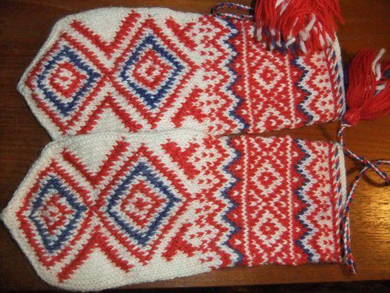 Norwegian Sami mittens