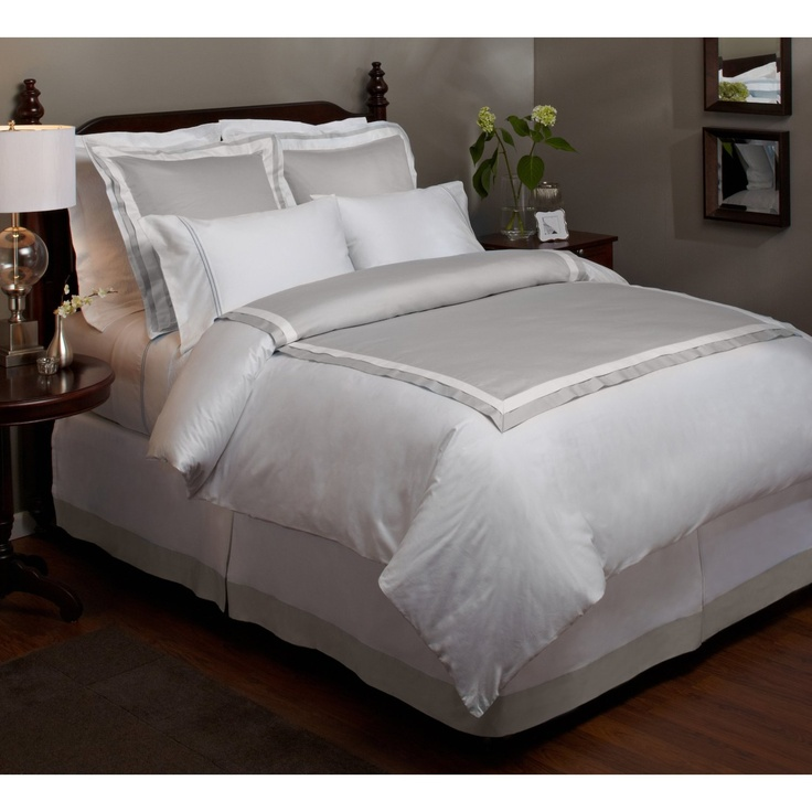 23 best images about hotel style bd on pinterest bedding for Hotel style comforter