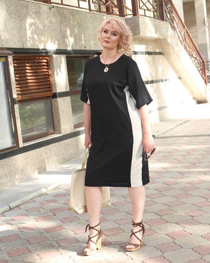 Если черный цвет - ваш фаворит, то наше легкое летнее платье из черного льна с бежевой вставкой обязательно вам понравится.  И, как всегда, в зависимости от аксессуаров, платье из строго-офисного трансформируется в романтичное или даже спортивное.  Размеры - 50-58 Цена - 3700 сом  Фотограф: @zelichenko Макияж и прическа: @salon_kavitta  Макияж: @ramilya_azizova Прическа: @irina.vitushinskaia