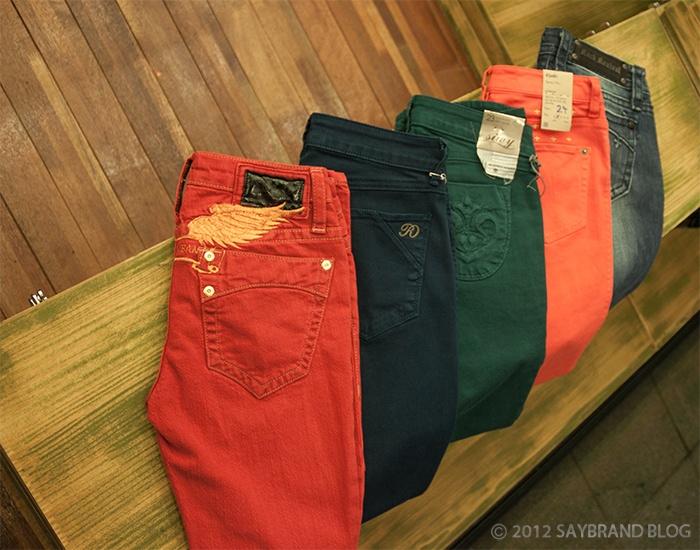 Color Denim-->  Robin's jeans  / Raven Denim  / Siwy Denim  / Ksubi  / Rock Revival