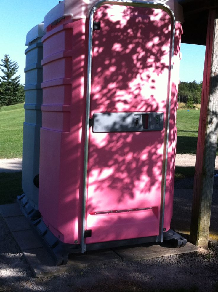 Pink dunnie on Ockville golf course