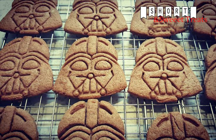JOIN THE DARKSIDE! WE HAVE COOKIES! Starwars boys cookie station theme available now https://www.facebook.com/shortnsweeettreats/