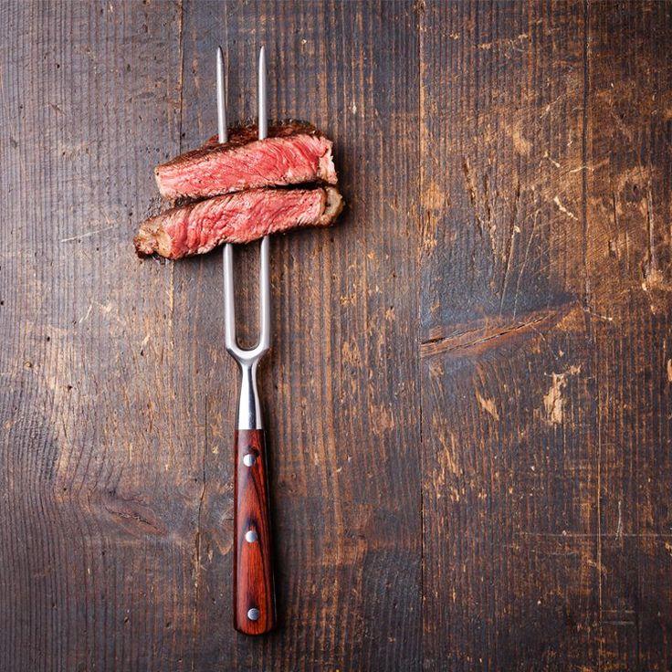 Dünyadan et lezzetleri öğrenmeye, pişirme teknikleri ile etlerinize lezzet katmaya ne dersiniz? Fajita guacamole (Acı sos ile), Macar gulaş (Cevizli kuskus ile), Dana schnitzel (Maydanozlu patates ile)... 18 Mart çarşamba günü 19.00-23.00 saatleri arasında dünyadan farklı et lezzetleri keşfediyoruz! #USLA'da buluşalım... #USLA #USLAakademi #pastacılıkokulu #Aşçılık #aşçılıkokulu #pastacılık #gelecek #eğitim #education #mutfak #kitchen #AmericanHospitalityAcademy #İstanbul #pişirmeteknikleri