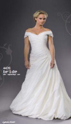 Sissi-Brautkleider - Hochzeitskleider - Ballkleider - Abendkleider ...