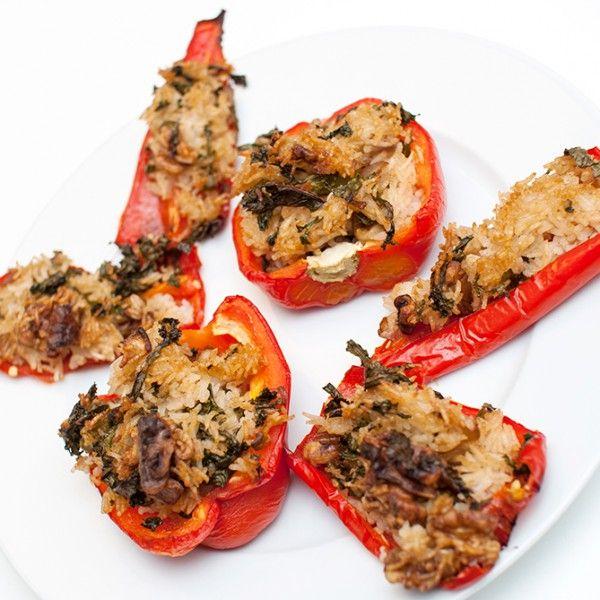 Lettvint middag som kan varieres med nesten hva som helst av grønnsaker. Fylte grønnsaker til middag er bare en unnskyldning...