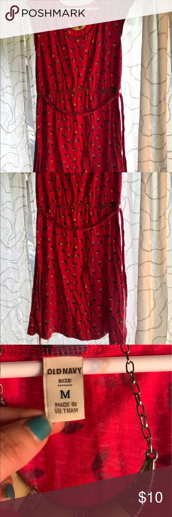 Old Navy cap sleeve dress Delightful cotton dress with a sweet little flower pattern. Old Navy Dresses Midi