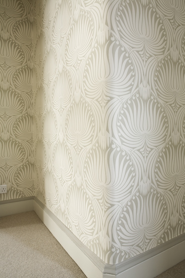 Farrow U0026 Ball Lotus Wallpaper BP2009 With Skirting In Slipper Satin Paint