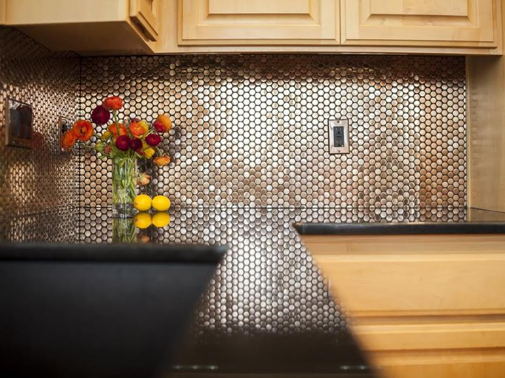 Copper circles backsplash by sheri 39 degeer interiors 2014 for Kitchen penny backsplash